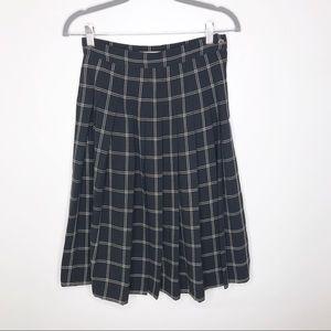 Liz Claiborne Vintage Pleated Plaid Skirt